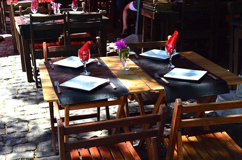 Restaurante barrio histórico de Colonia