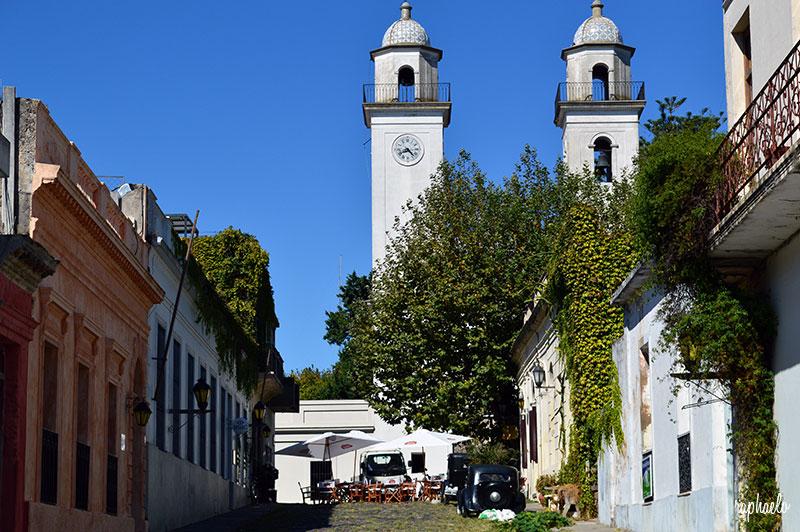 paseo-guiado-por-el-barrio-historico-de-colonia-del-sacramento