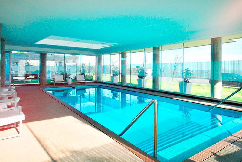 Hoteles con piscina climatizada en colonia for Hoteles con piscina