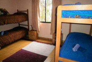 casa-sobre-rio-colonia-dormitorio-2